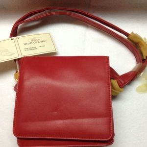 Red small purse with wallet in bag 👛👜👝🎒